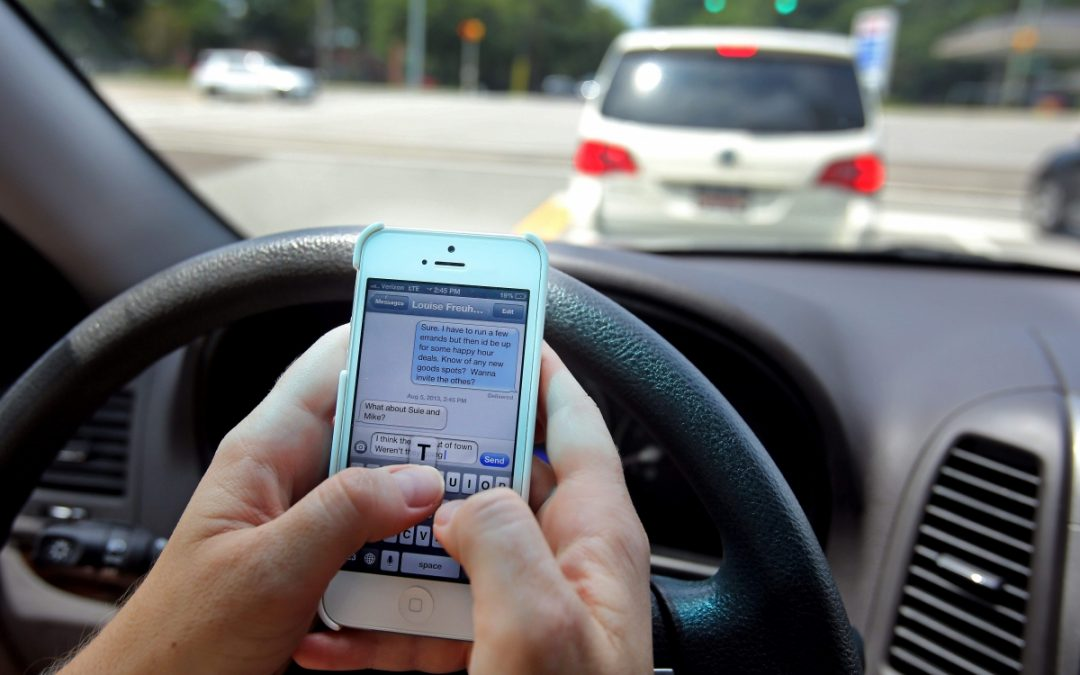 Turns out, a Shocking Number of People use their Phones while Driving